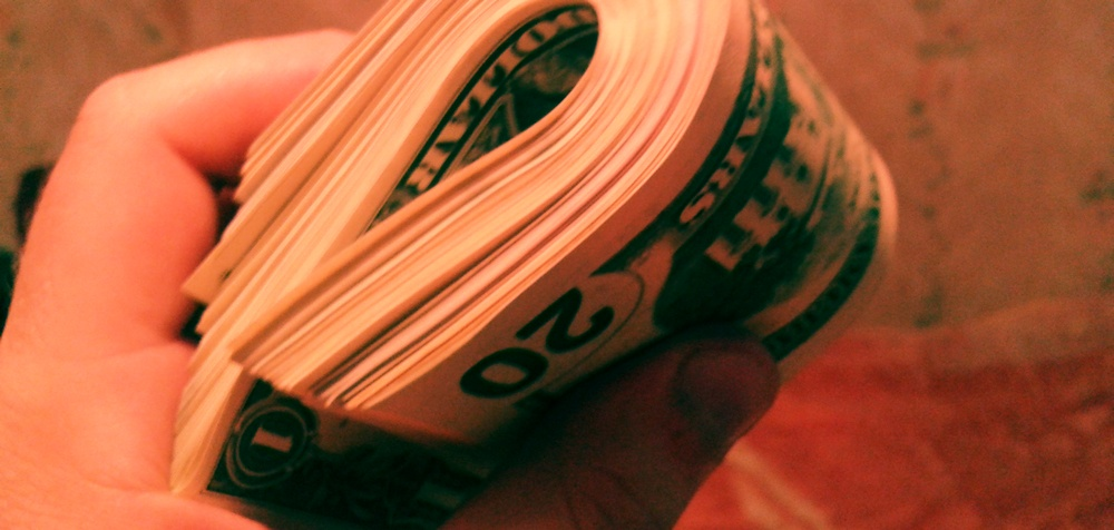 Курс доллара 200 рублей