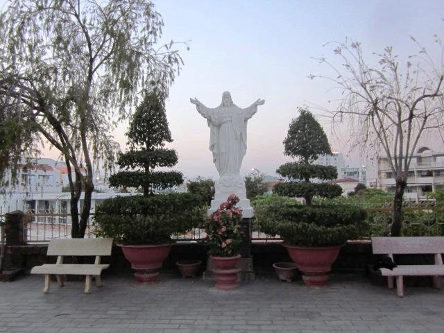 Кафедральный собор в Нячанге
