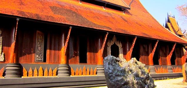 Черный храм в Чианг Рае, Таиланд
