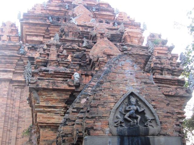 Башни Понагар (Чамские башни), Нячанг