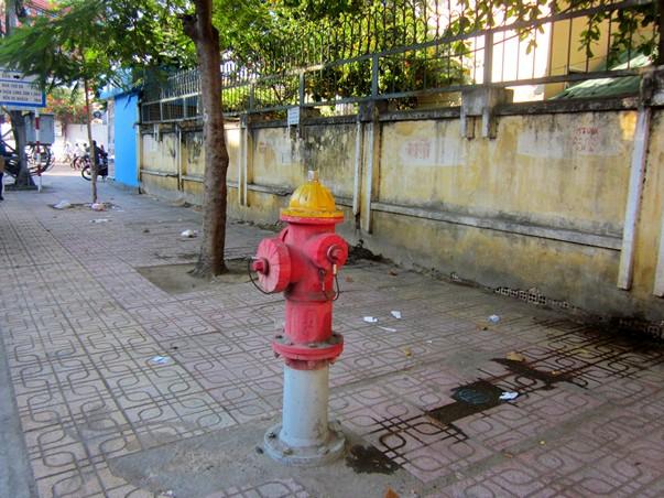 Пожарный гидрант в Нячанге