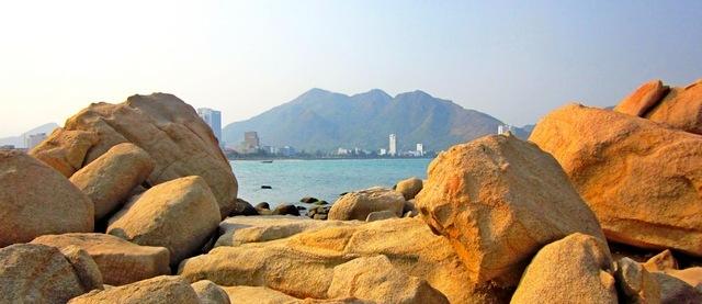 Сад камней (мыс Хон Чонг) вНячанге (Вьетнам)