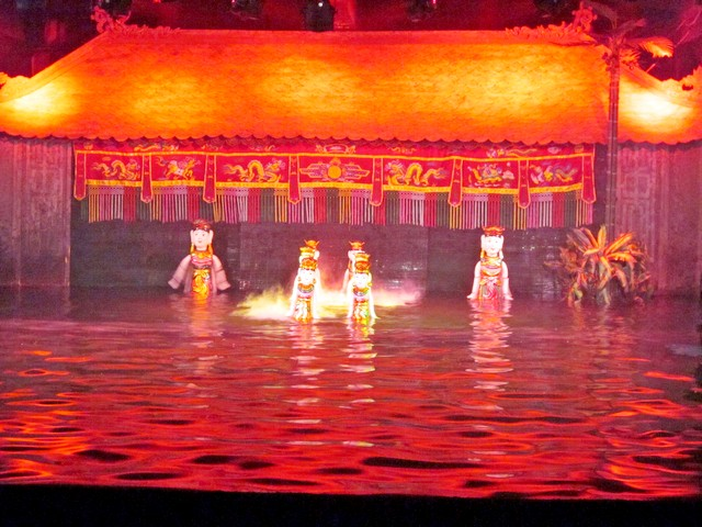 Театр кукол на воде в Нячанге