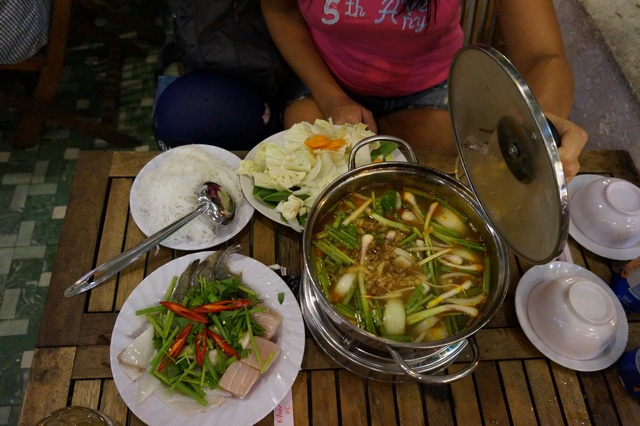 Блюдо Lau во Вьетнаме