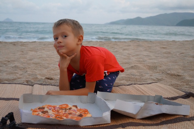 Пицца в Нячанге