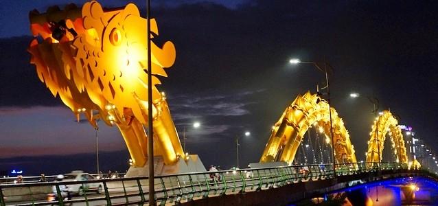 Дананг воВьетнаме: город мостов идраконов