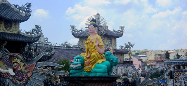 Пагода Линь Фуок (Linh Phuok) вДалате: отрая доада