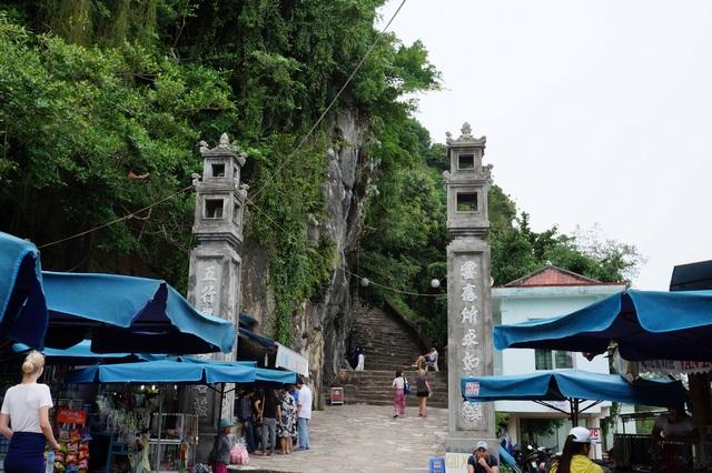 Мраморные горы в Дананге (Вьетнам)