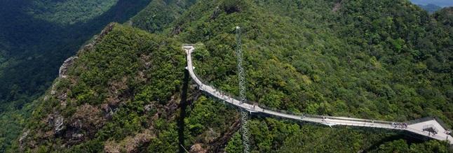 Небесный мост наЛангкави: остров свысоты 700 метров