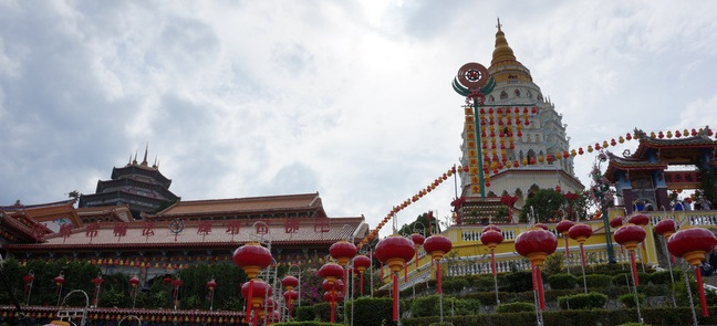Храм Высшего Блаженства: пагода Кек Лок СинаПенанге