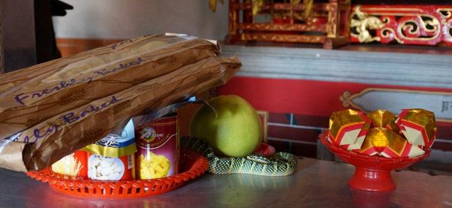 Храм Змей наПенанге: опасность вкаждом углу