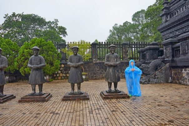 Гробница императора Кхай Диня в Хюэ