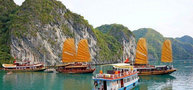 Залив Халонг, Вьетнам: 3000 островов или 7 чудо света