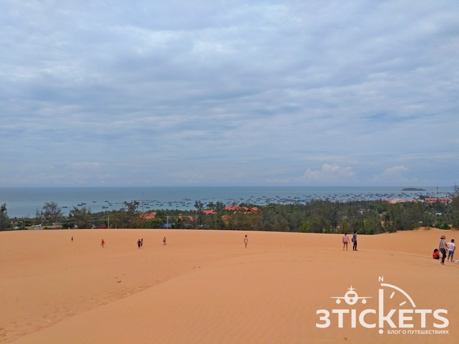Красные дюны в Муйне, Вьетнам