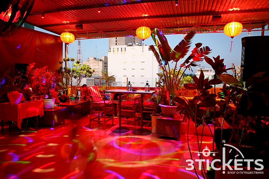 Rooftop Lounge Bar в Нячанге