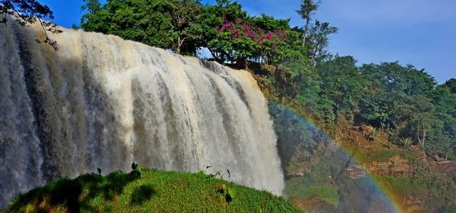 Как добраться наводопад Слон вДалате: радуга имиллионы брызгов