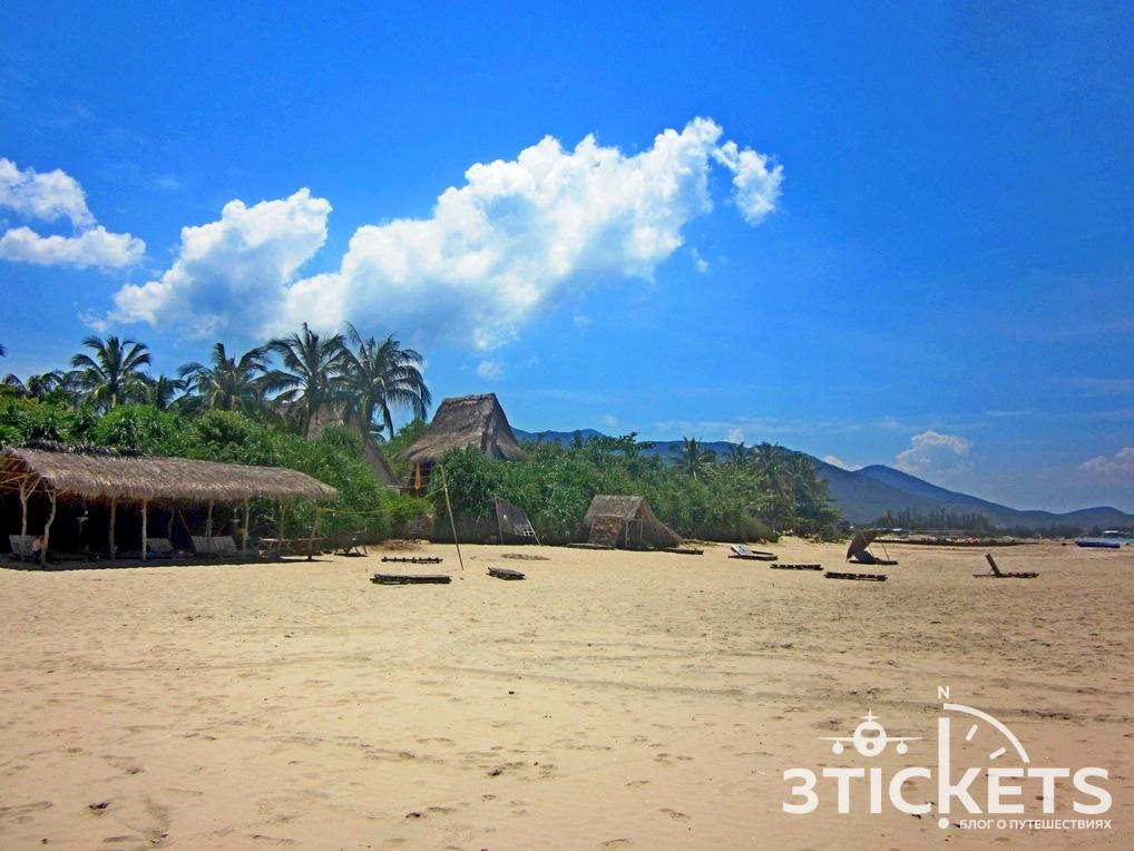 Пляж Джангл Бич в Нячанге, Вьетнам