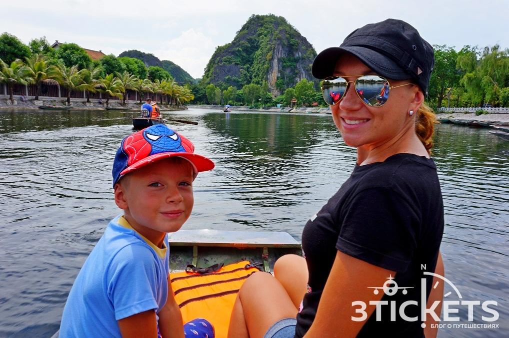 Прогулка по реке в Там Кок