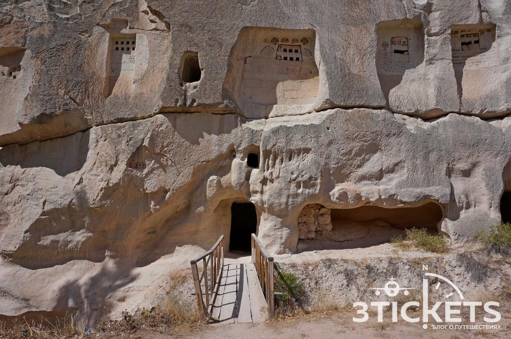 Древние христианские пещерные церкви в Каппадокии