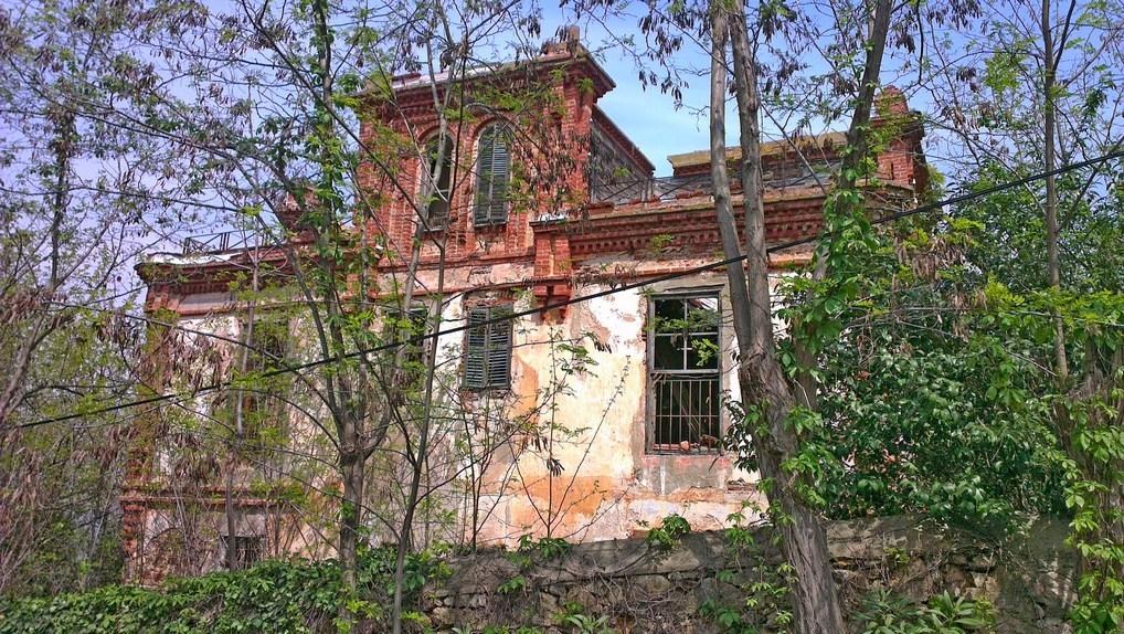 Дом Троцкого на острове Бююкада в Турции