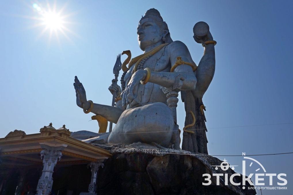 Мурдешвар, статуя Шивы, экскурсия из Гоа