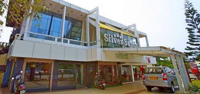 Отель Сильвер Сэндс напляже Колва вЮжном Гоа: отель сбассейном рядом сморем