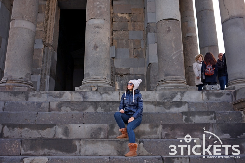 Языческий храм Гарни в Ереване (Армения)