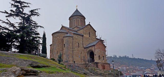 Храм Метехи вТбилиси: символ города сдревней историей