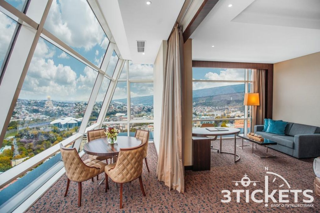 Билтмор отель в Тбилиси