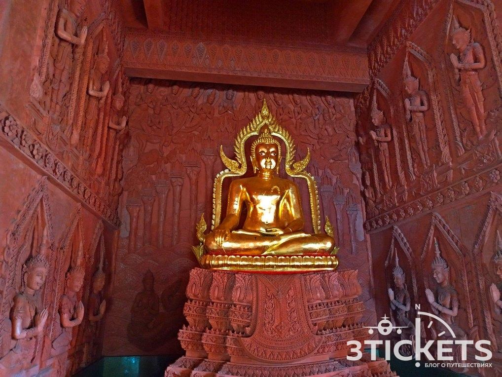 Достопримечательности Самуи: Красный храм Wat Ratchathammaram