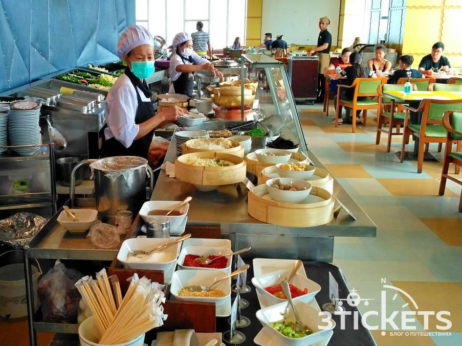 Отель Байок Скай в Бангкоке: завтрак и ресторан