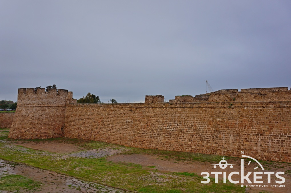 Замок Отелло на Кипре