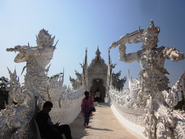 Wat Rong Khun Белый Храм