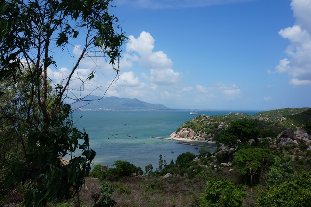 Жемчужный пляж и лабиринт Дракона в Нячанге