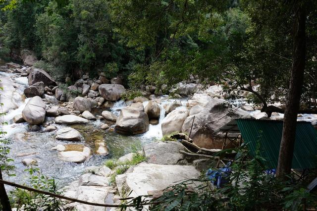 Водопады на горе Хон Ба в Нячанге