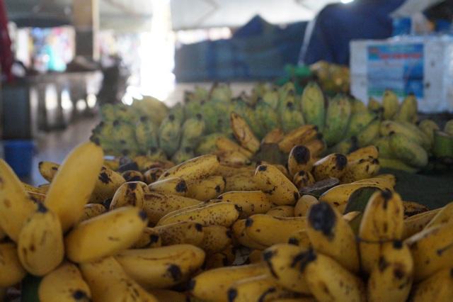 Бананы на рынке Нячанга