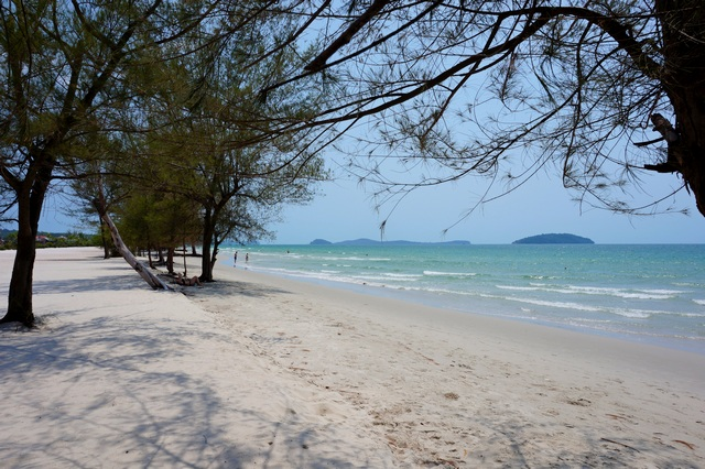 Отели на пляже Отрес в Сиануквиле, Камбоджа