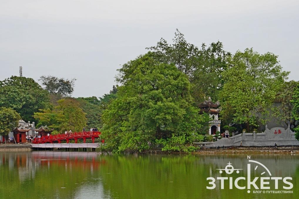 Озеро возвращенного меча и Храм черепахи в Ханое