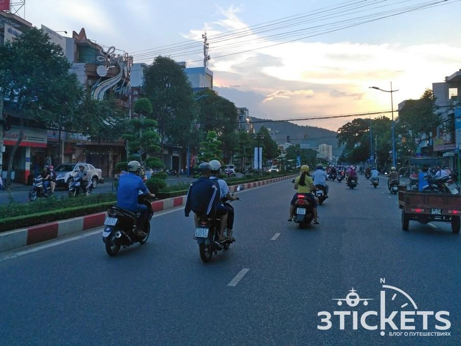 Улицы города Вунгтау, Вьетнам