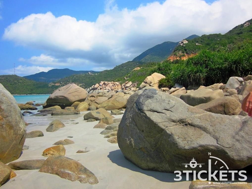 Пляж Джангл Бич или Вайлд Бич в Нячанге, Вьетнам