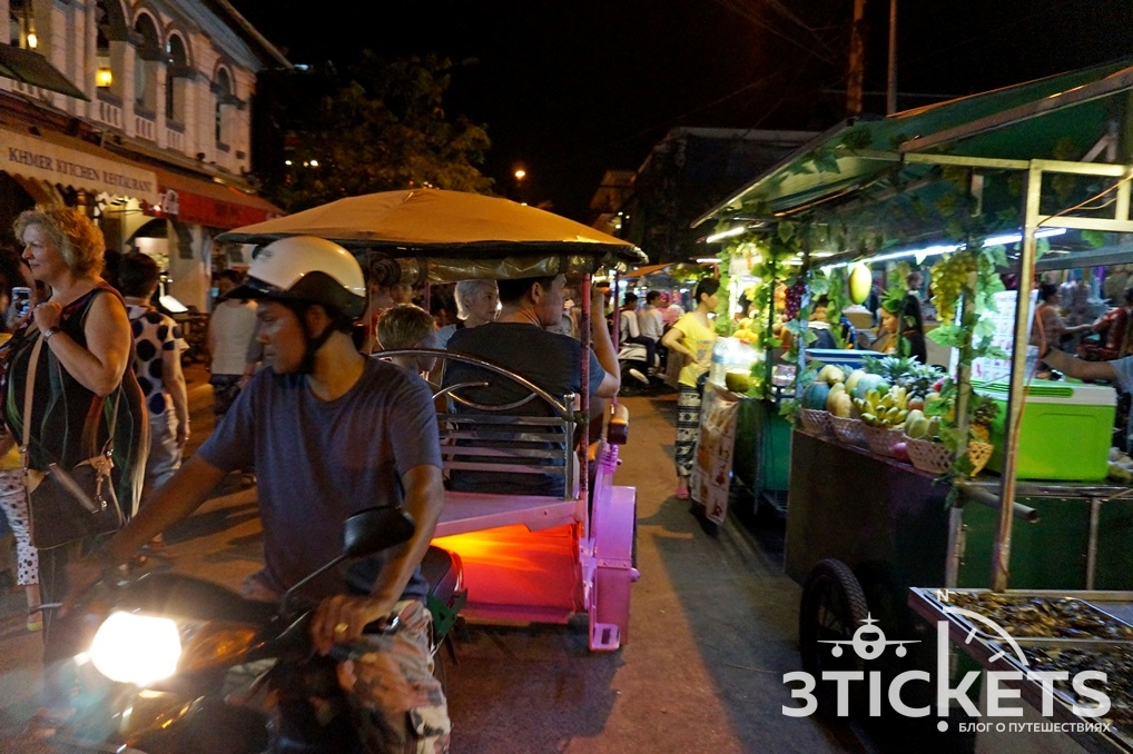 Ночной рынок в Сиемрипе