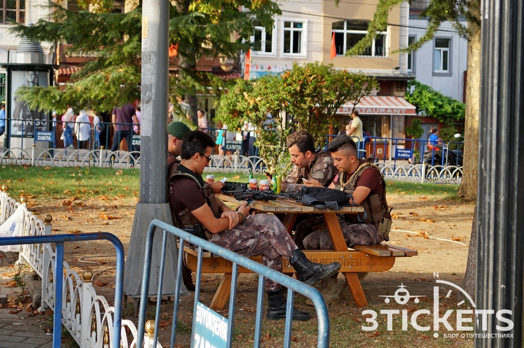 Жандармы в Стамбуле