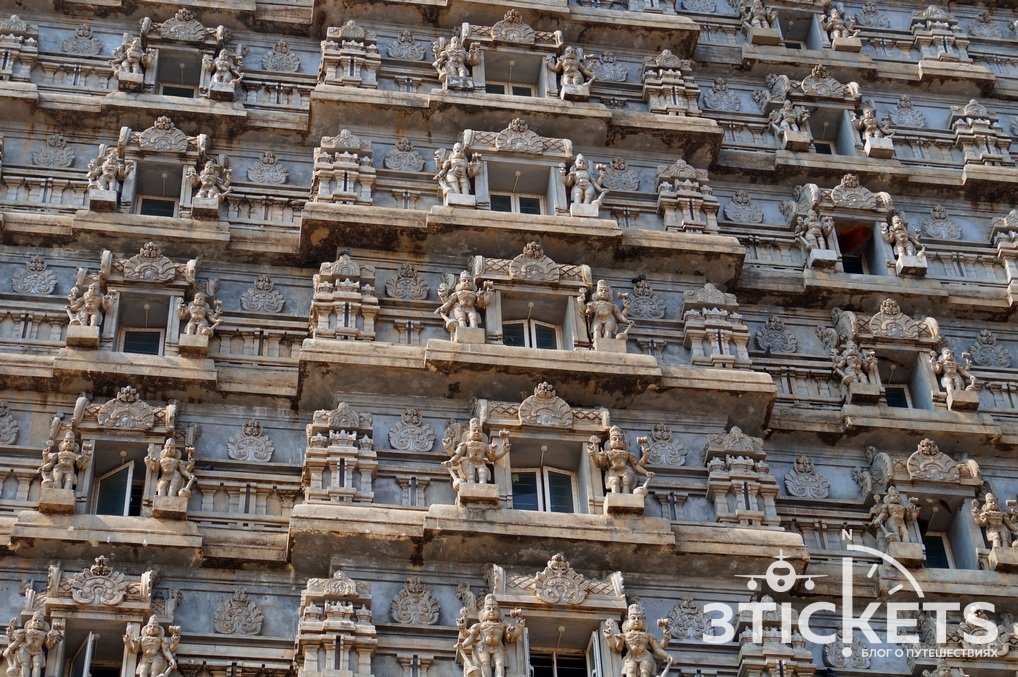Экскурсия в Мурдешвар из Гоа, башня Гопура