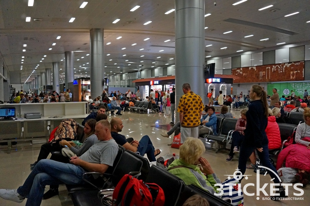 Аэропорт Даболим, Гоа: зал вылета