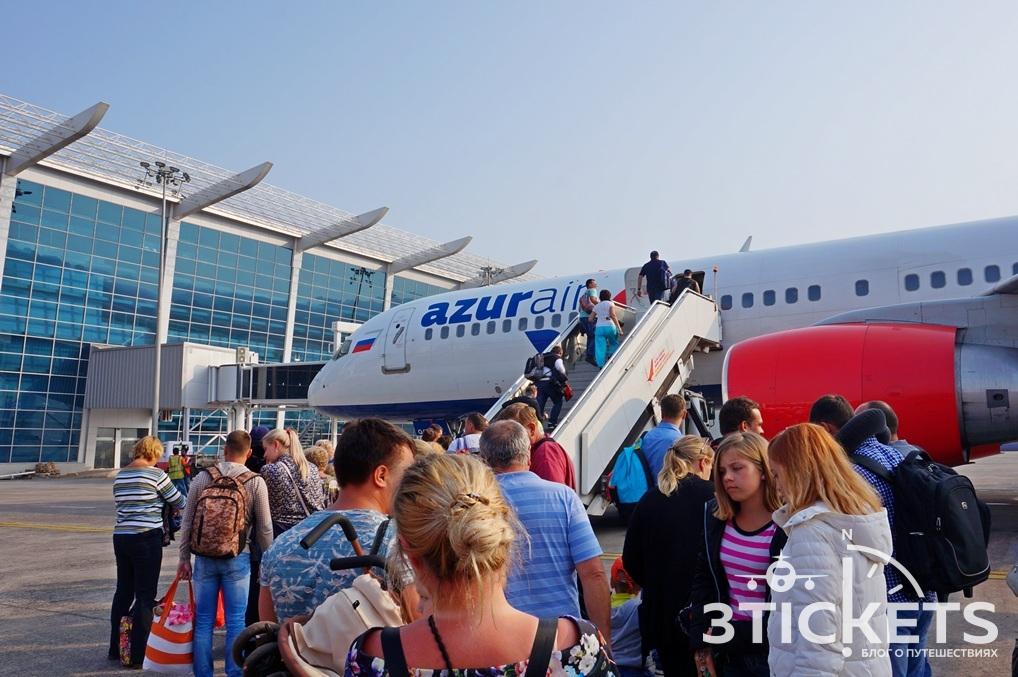 Пассажиры самолета Азур Эйр