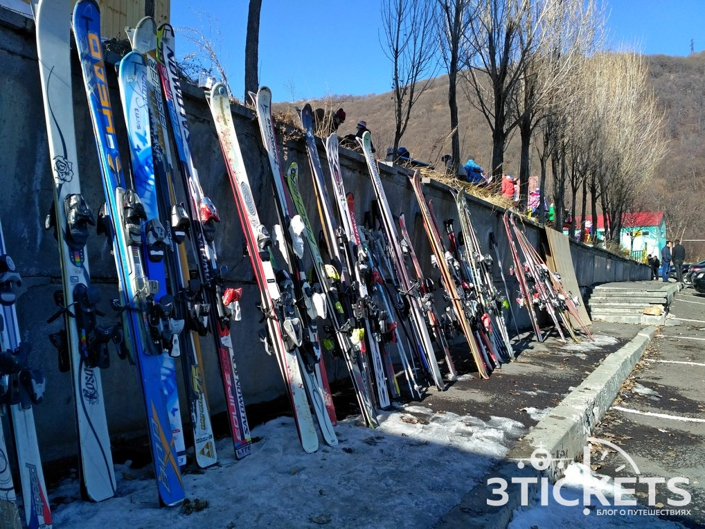 Прокат горных лыж и сноубордов на горнолыжном курорте Цахкадзор в Ереване