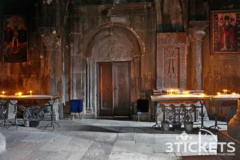 Пещерный монастырь Гегард вАрмении внутри