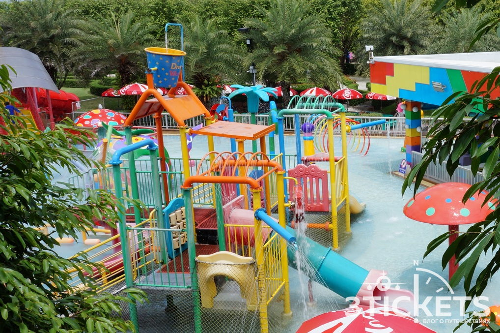 Парк «Дрим Ворлд» в Бангкоке: аквапарк