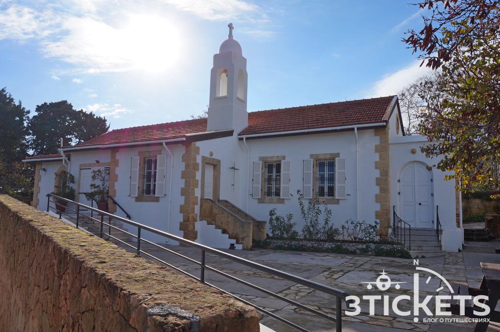 Церковь Святого Андрея в Кирении